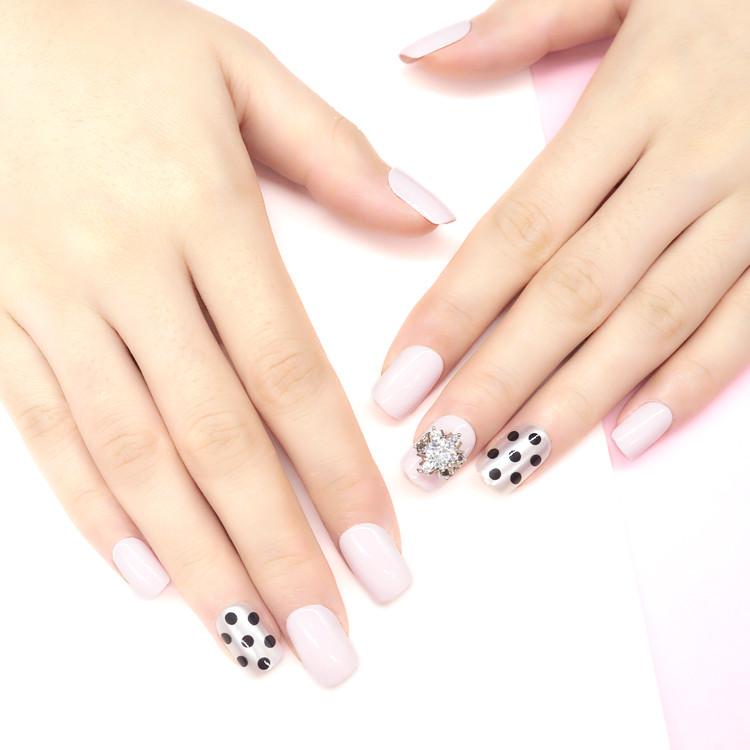 New Popular Press On Stone Nail Polka Dot Pattern Nail