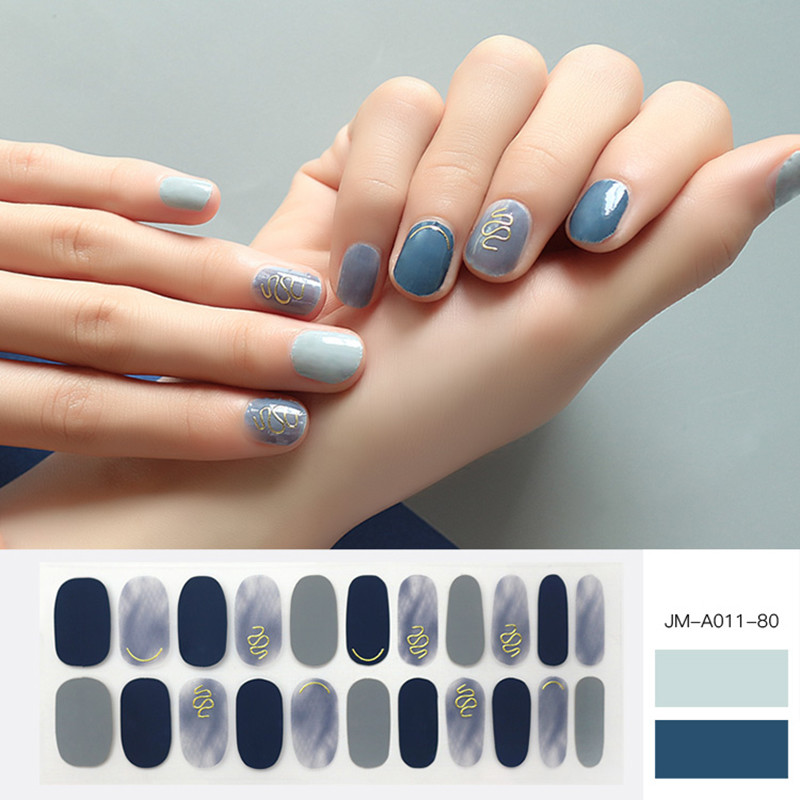 ombre grey nail strip for winter