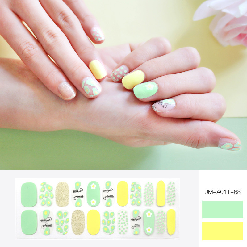 Green gel nail patch for summer