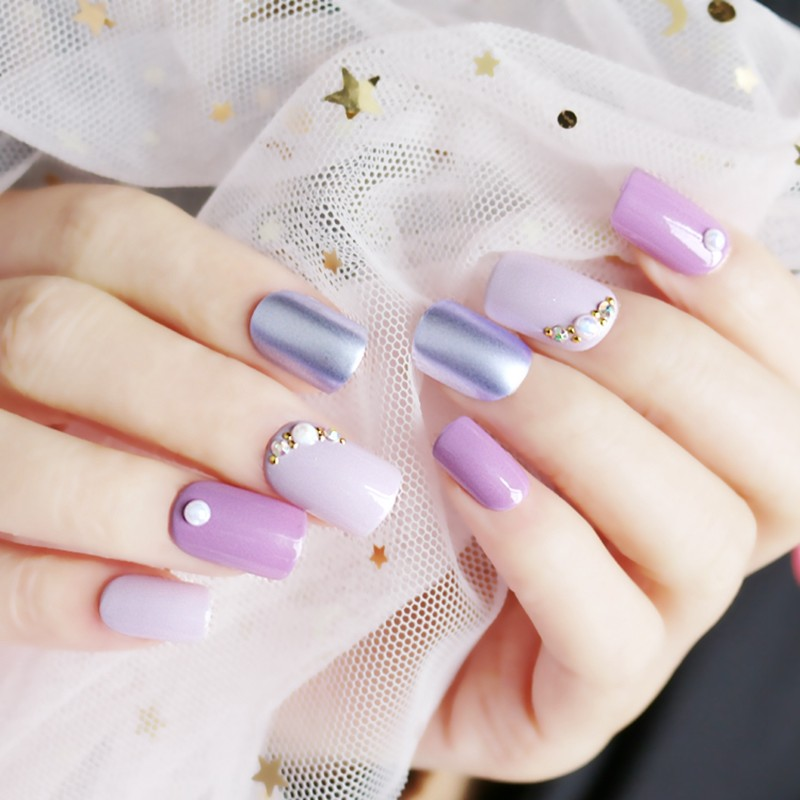 square shape nail violet with 3D stone press on nail
