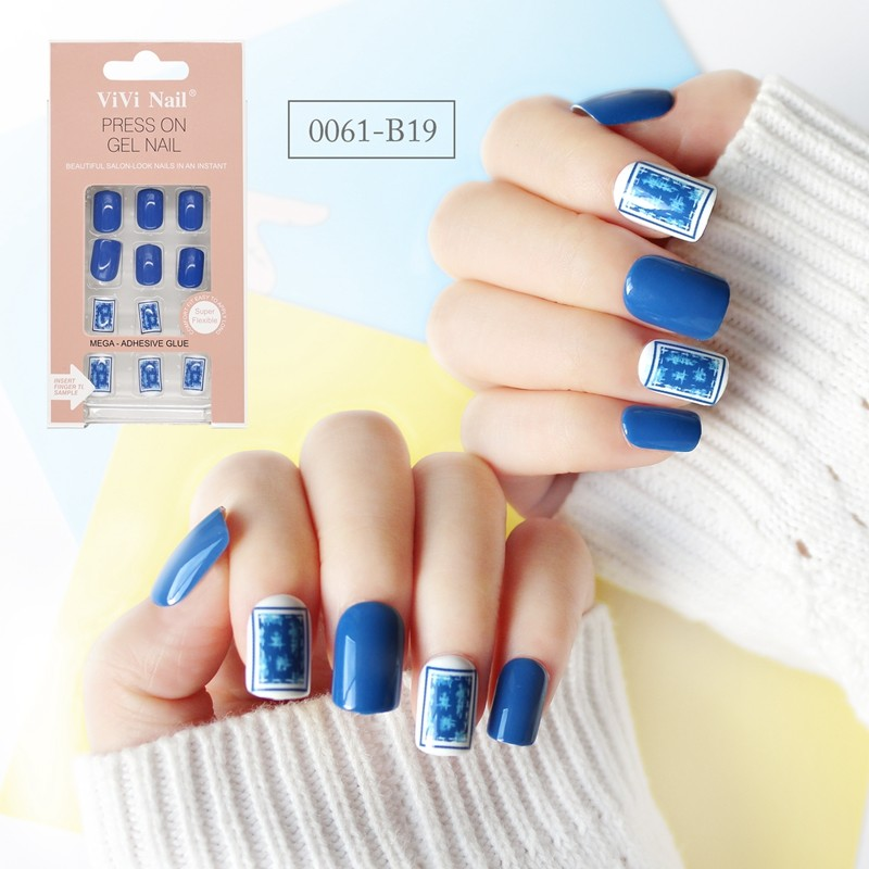 square shape nail blue and white porcelain press on nail