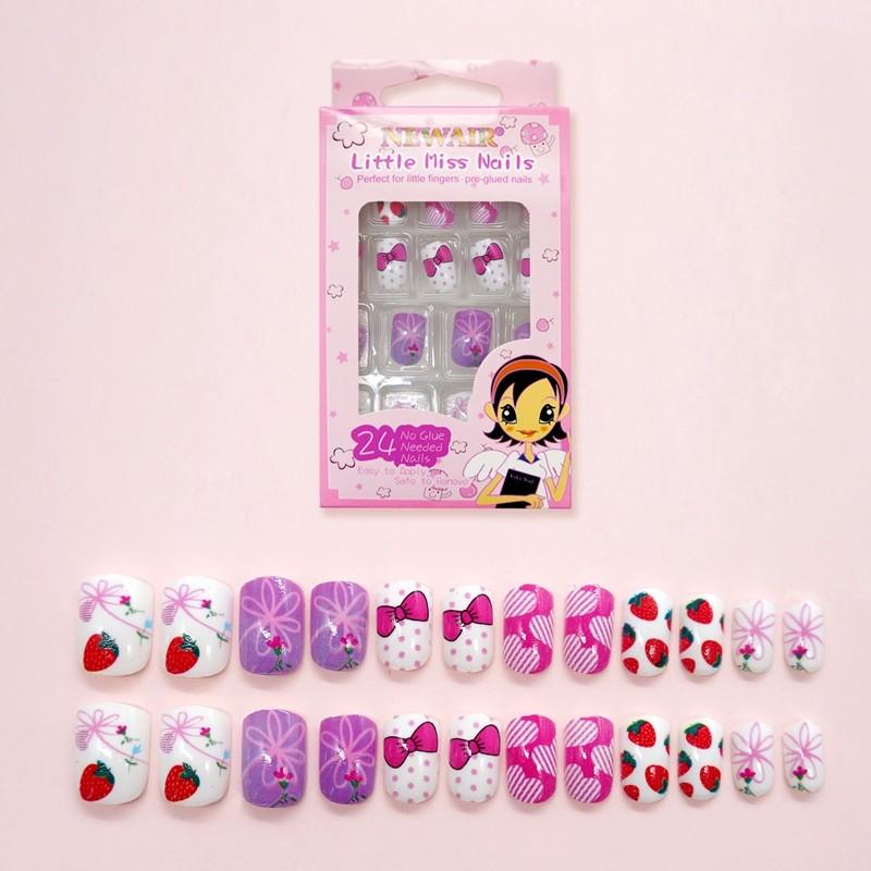 Kids Hot selling strawberry Artificial Nails kids false nail tips